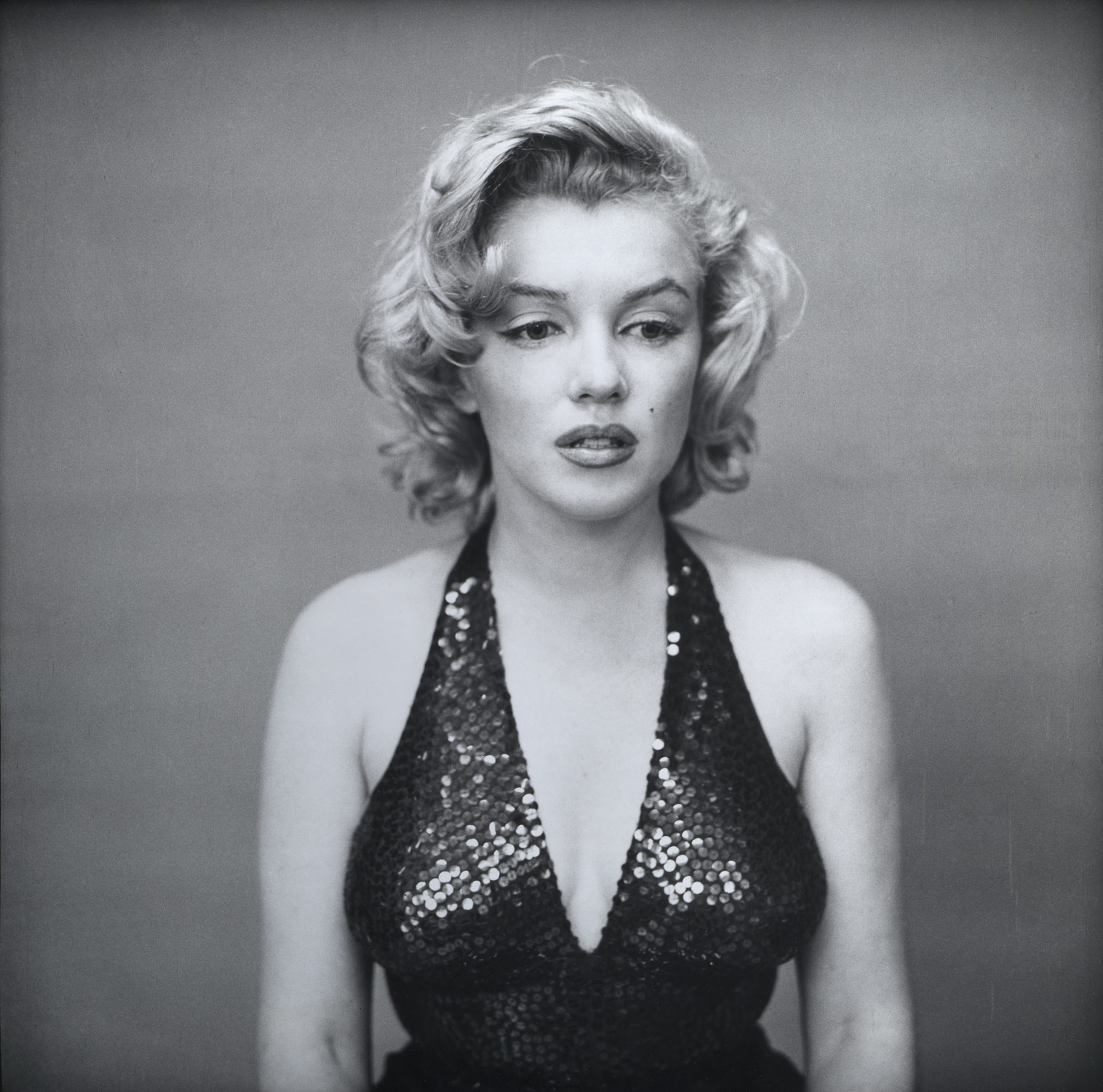 Working Title/Artist: Avedon, Marilyn Monroe Department: Photographs Culture/Period/Location:  HB/TOA Date Code:  Working Date:  photography by mma, DP166998.tif  touched by film and media (jnc) 9_29_08