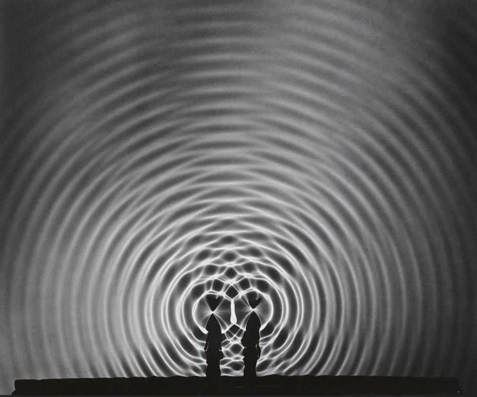 fotografa-berenice-abbott-fotografia-cientifica-interferencia-olas