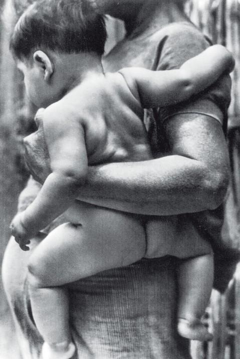 mujer-con-hijo-tina-modotti